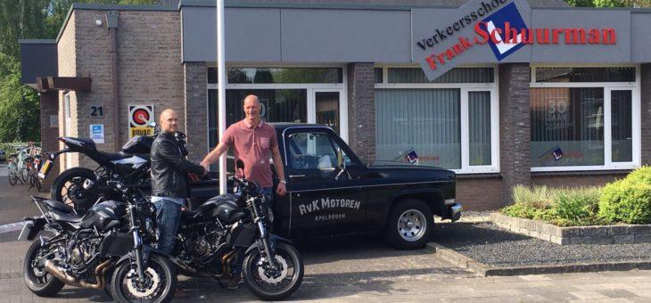3 Nieuwe lesmotoren geleverd aan verkeersschool Frank Schuurman